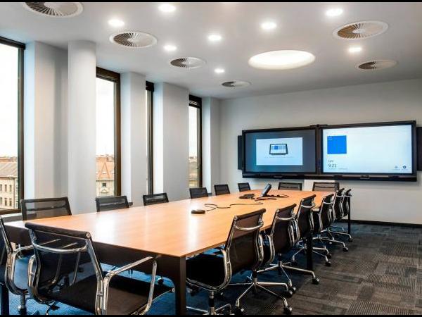 中型会议室设计方案:网牛智能办公为您打造
